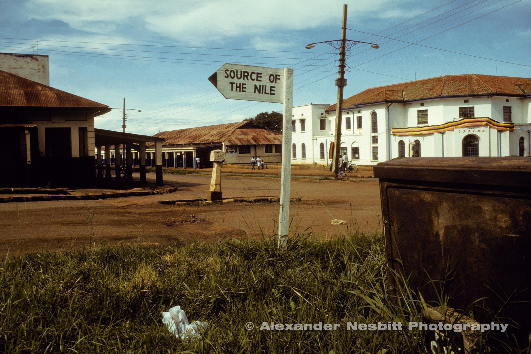 Nesbitt-Uganda-Nesbitt-Uganda_01-exb
